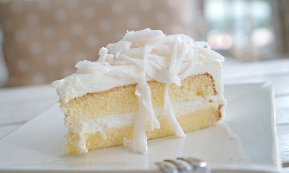 torta al cioccolato bianco con crema