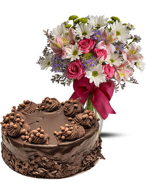torta al cioccolato con bouquet beautiful